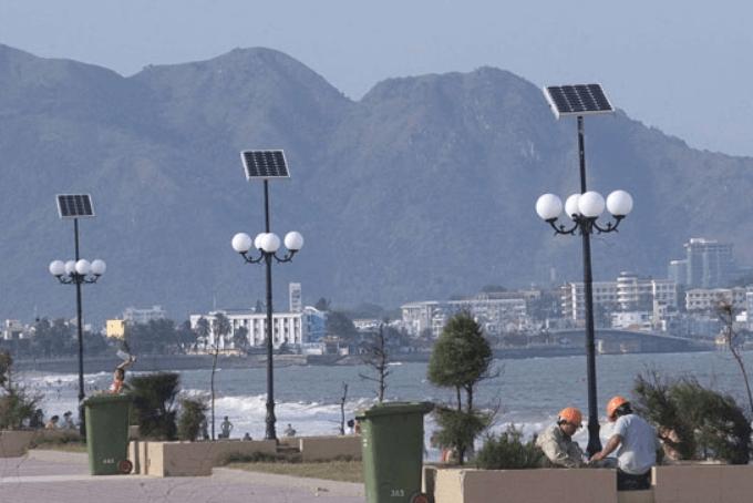 Nguyên lý hoạt động và cấu tạo đèn đường năng lượng mặt trời