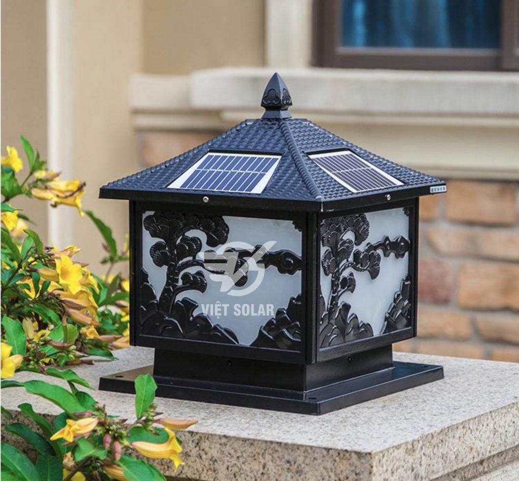 Đèn năng lượng mặt trời trụ cổng SV02 màu đen