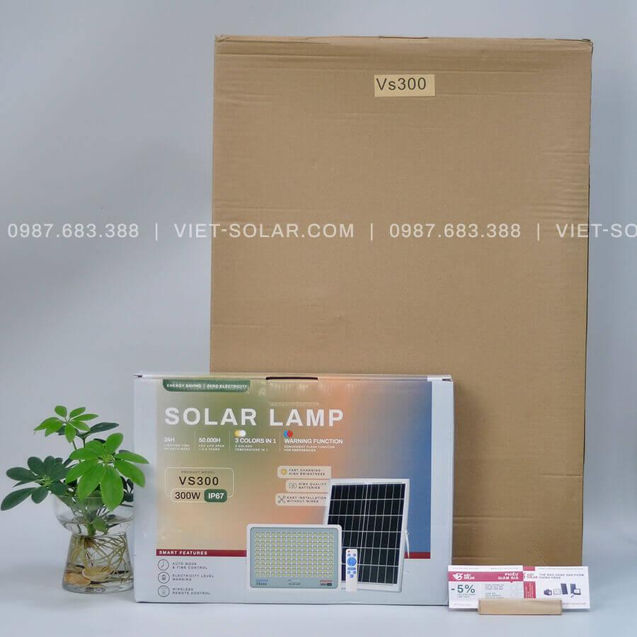 Mua đèn led pha năng lượng mặt trời 2021 VS300 300w